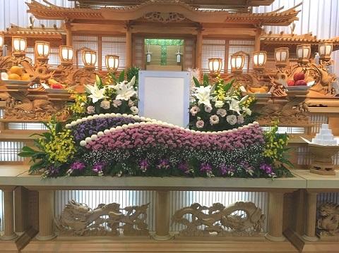 花はな様生花祭壇事例2